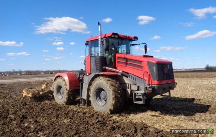 В РФ сократился выпуск тракторов