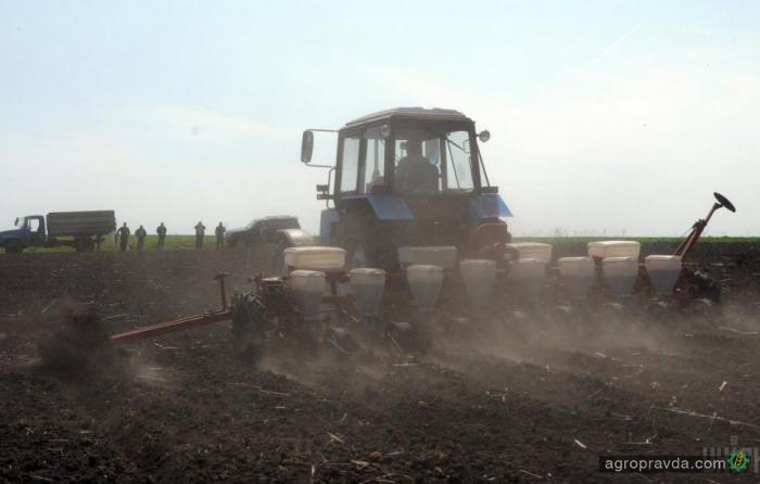 Аграрии по программам господдержки приобрели технику на 355 млн.