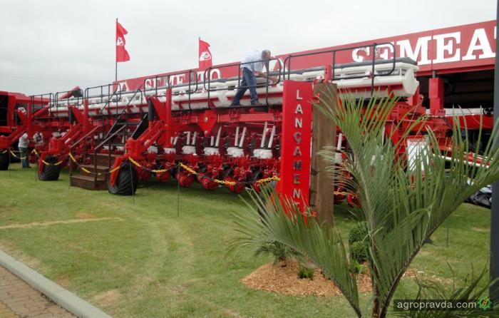New Holland будет производить технику для почвообработки