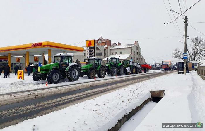 Перекрытые аграриями дороги приносят первые результаты