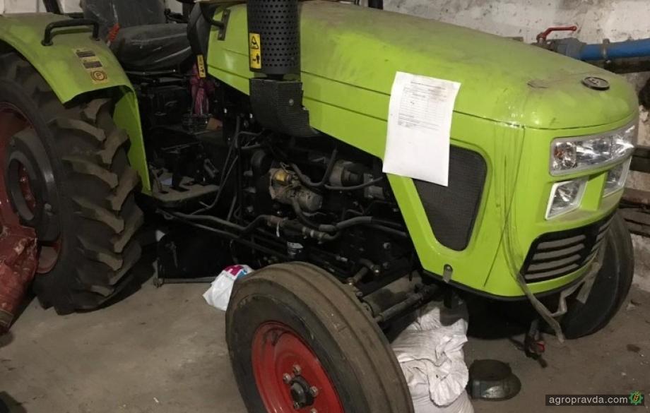 Таможня начала продавать конфискованные трактора через Прозоро