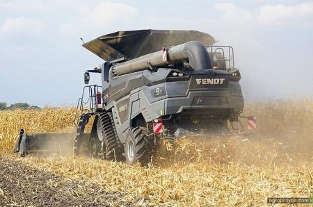 В Украине испытали новинки года техники Fendt