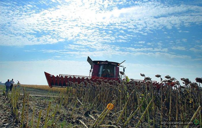 В 2016 г. импортная сельхозтехника немного подешевеет