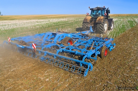Lemken представил новинку для механической борьбы с сорняками