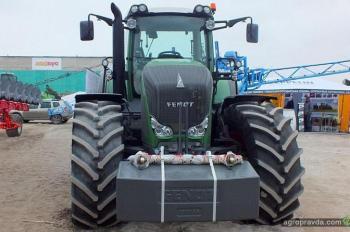 Флагман тракторов Fendt – модель 936 Vario показана в Украине