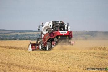 VERSATILE представил новый зерноуборочный комбайн NOVA