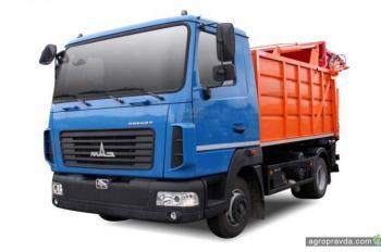 АИС презентовал новинки коммунального транспорта на КОММУНТЕХ 2018