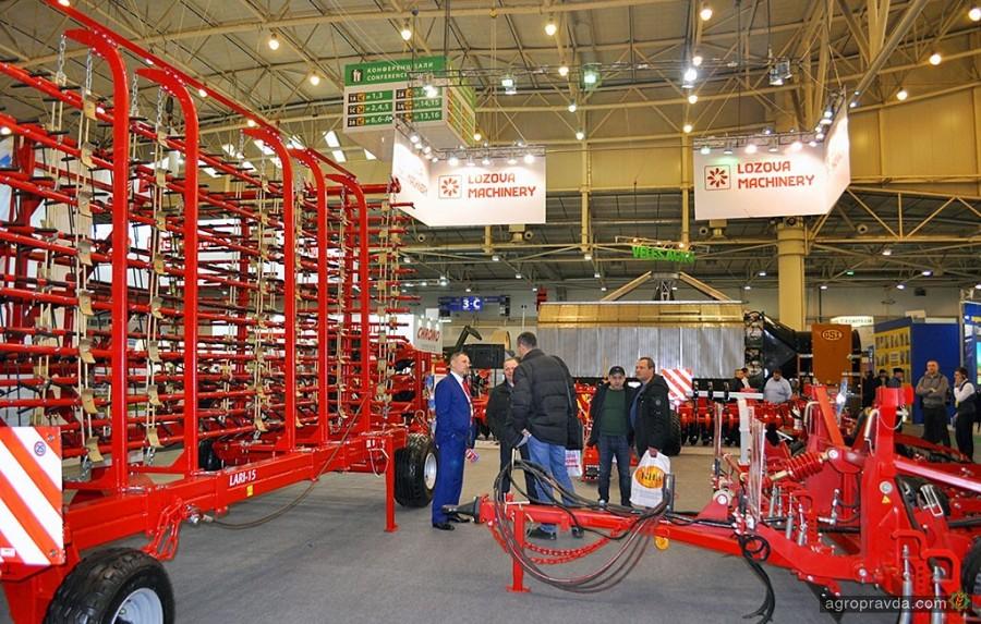 Аграрии приобрели 2,5 тыс. единиц техники по программе госкомпенсации