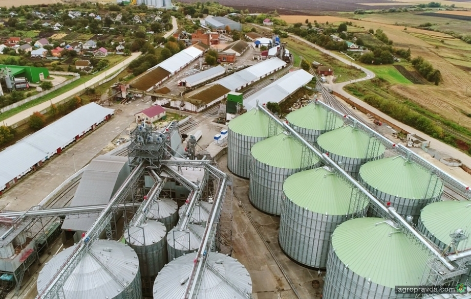 К началу октября запасы зерновых в Украине оценивались на уровне 15 млн тонн