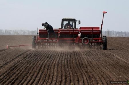 Инвестиции в АПК Украины сократились белее чем на треть