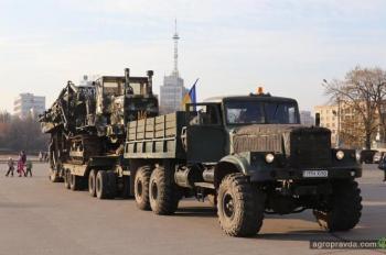 Волонтеры передали пограничникам экскаватор «Фурфало»
