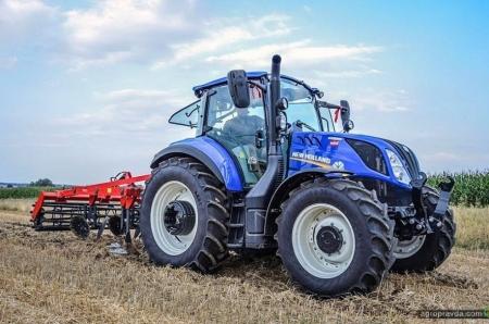 В Украине появился новый 110-сильный трактор New Holland