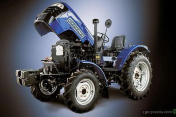 Каким должен быть правильный 24-сильный трактор: пример ДТЗ