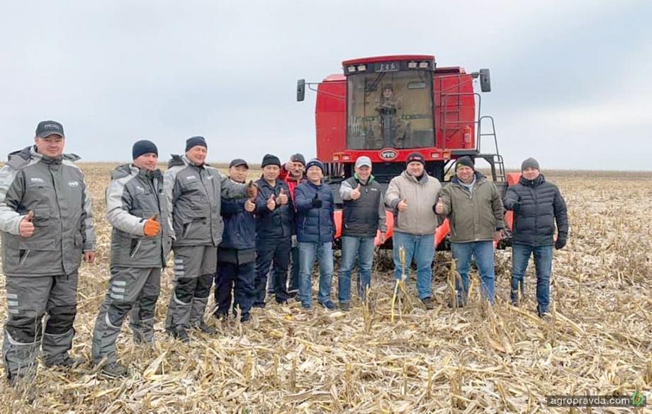 На полях Украины появились китайские комбайны