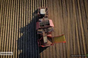 Grimme выпускает самый большой в мире картофелеуборочный комбайн