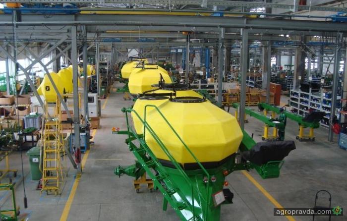 John Deere инвестирует $0,5 млн. в свой российский завод