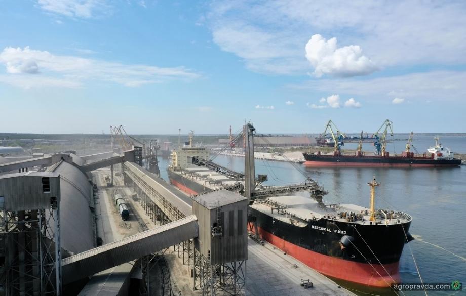 Порт «Ника-Тера» нарастил перевалку аграрных грузов