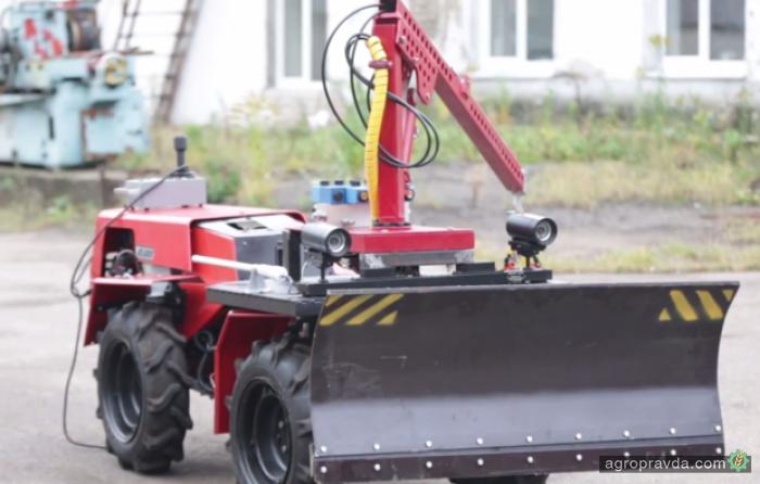 Трактор «Беларус» стал роботом. Видео