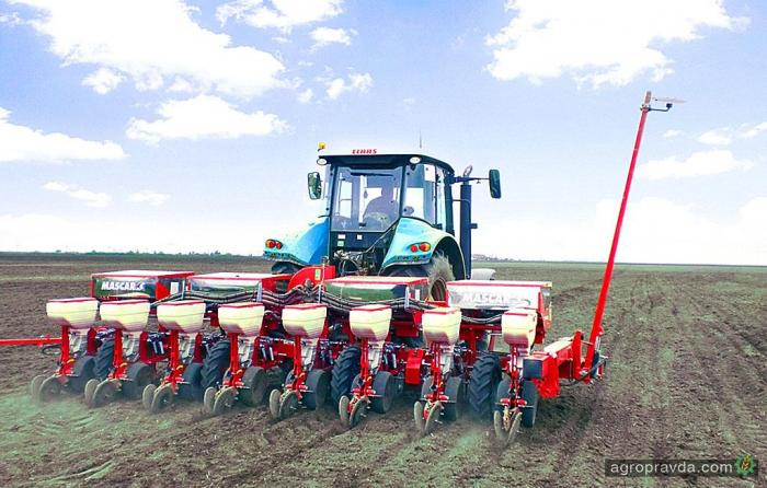 Сеялка Mascar в работе на полях Украины. Видео