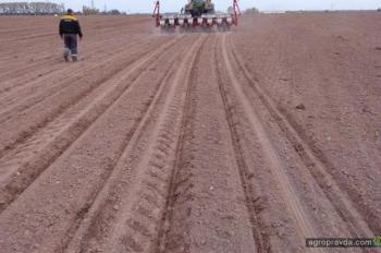 На что способна сеялка Challenger Precision Planting в работе