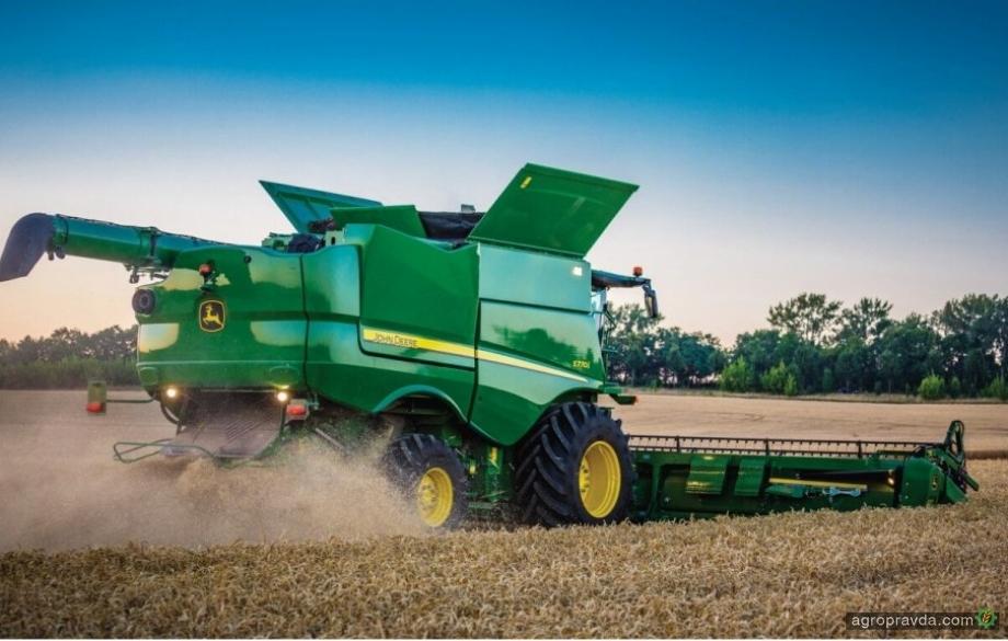John Deere представил инновации в зерноуборочных комбайнах