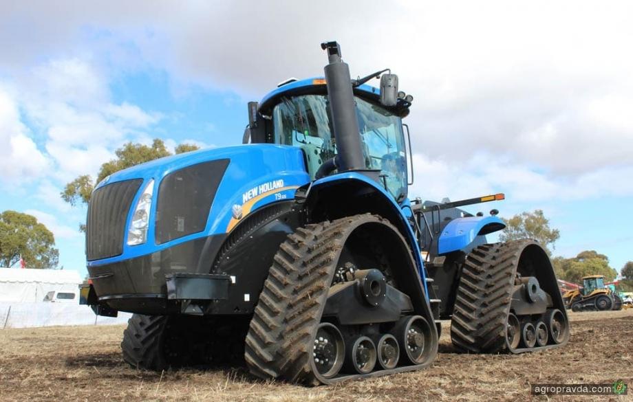 На что способен 4-гусеничный трактор New Holland. Видео