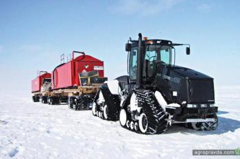 Тракторы на полюсе. Фото