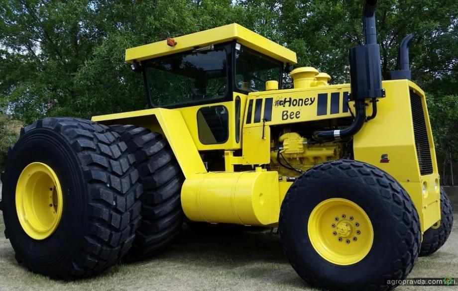 Умельцы собрали 500-сильный трактор. Видео