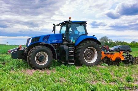В Киеве представят трактор T8 нового поколения
