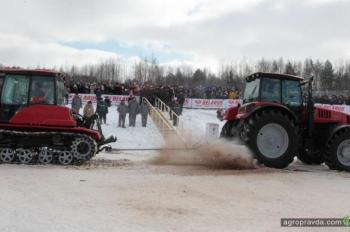 Первый в мире тракторный биатлон. Видео