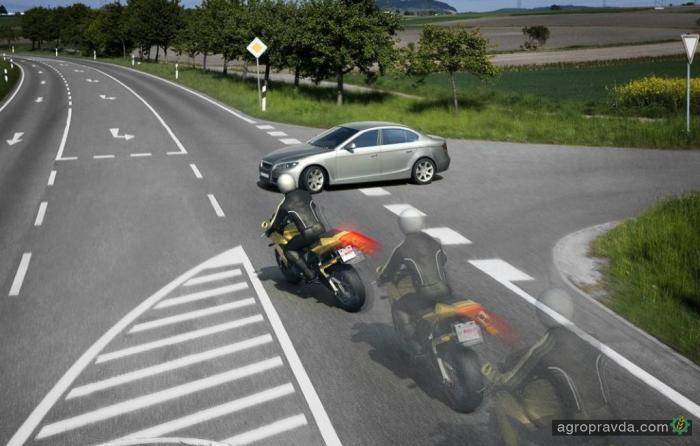 Honda оснастит мотоциклы системой автоматического торможения