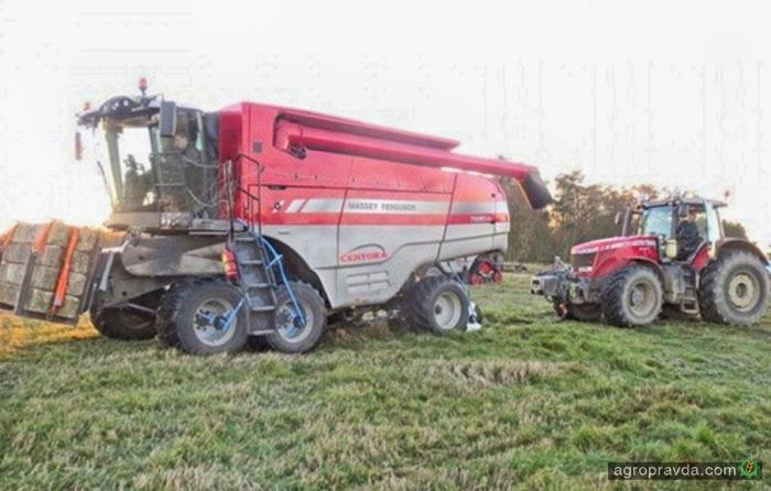 AGCO испытывает 6-колесный комбайн