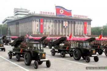 Боевые тракторы Северной Кореи. Фото