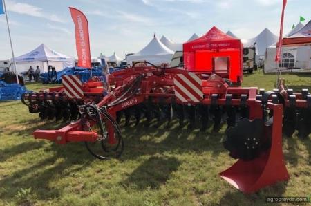 Lozova Machinery познакомила канадцев с украинской сельхозтехникой