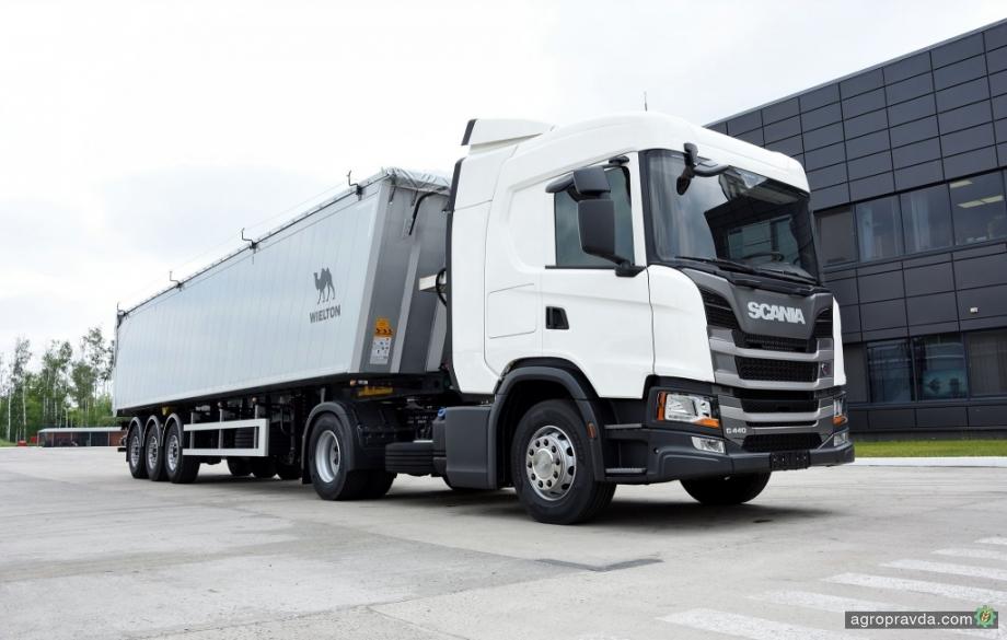 Scania представит на АгроЭкспо специальный аграрный зерновоз