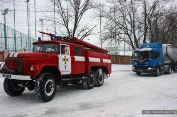Какие тракторы и техника вышли чистить снег. Фото