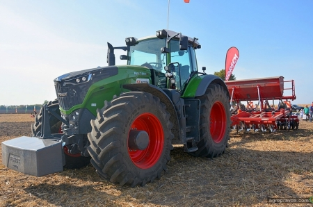 На Черниговщине представили новинки немецкой сельхозтехники