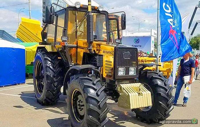 Тракторы Belarus с агрегатами по почвообработке предлагают с выгодой до 30 000 грн.