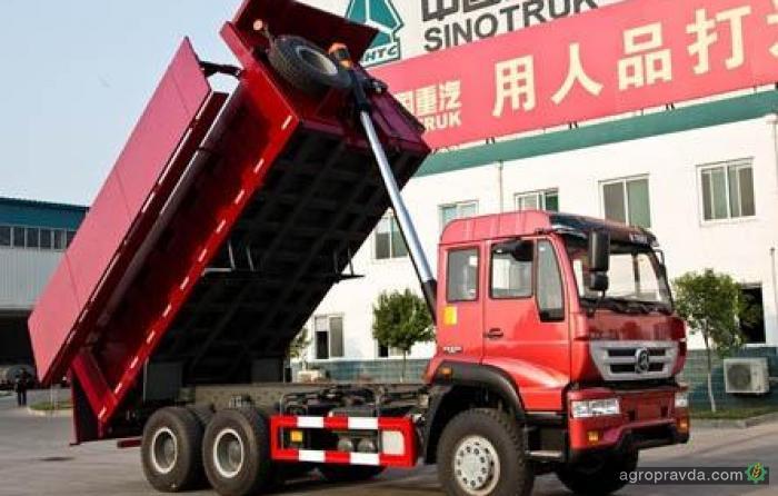 В Китае построили агросамосвал с закрывающимся кузовом