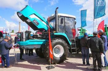 ХТЗ представил обновленный гусеничный трактор