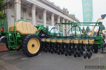 Сеялки-новинки рынка – демонстрировались в Киеве