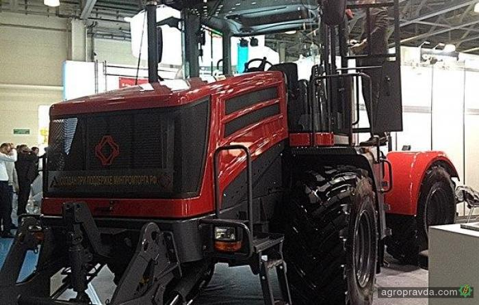 В РФ на покупку сельхозтехники из резервного фонда выделят 13,7 млрд руб.