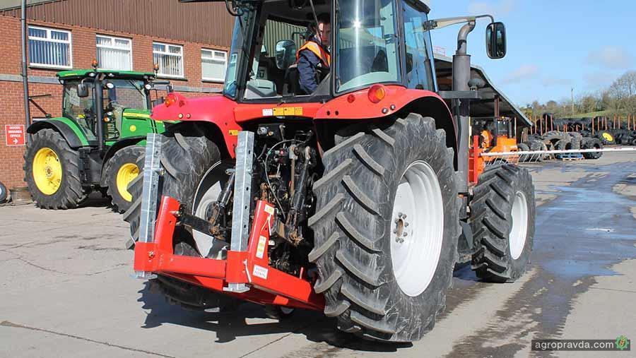 Zetor Tractor Lift Arms : Для тракторов придумали универсальный домкрат