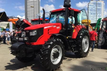 Первый в Европе трактор ELG1754 нашел владельца в Украине