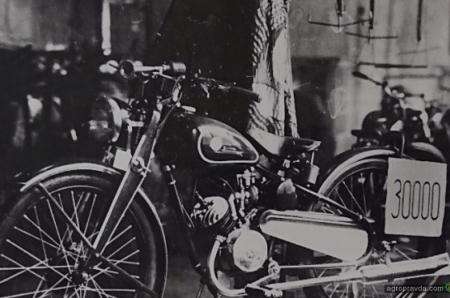 В Киеве появился ходовой экземпляр самого первого мотоцикла КМЗ К1Б «Киевлянин»