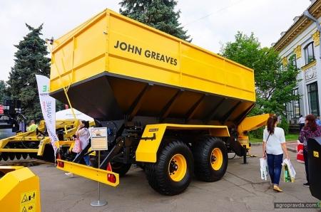 John Greaves представил в Киеве современную отечественную технику