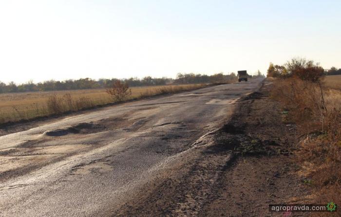 Большегрузы продолжают убивать украинские дороги