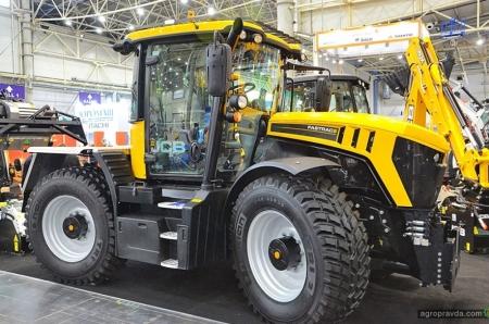Какие тракторы представляют на выставке «Коммунтех» в Киеве
