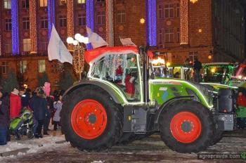 Трактор Fendt возглавил «Шоу новогодних огней»