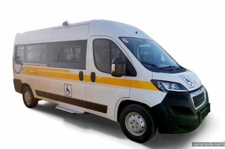 25 спецавтомобилей PEUGEOT Boxer поставлены Фонду социальной защиты инвалидов